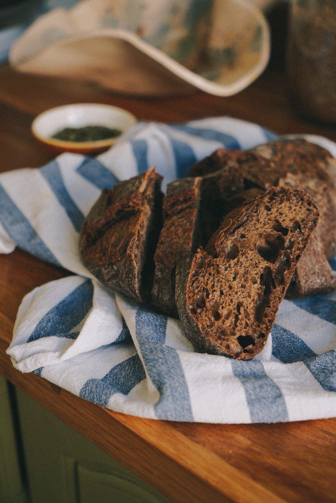 Наш хлеб теперь можно не только заказать домой, но и приготовить на собственной кухне!
